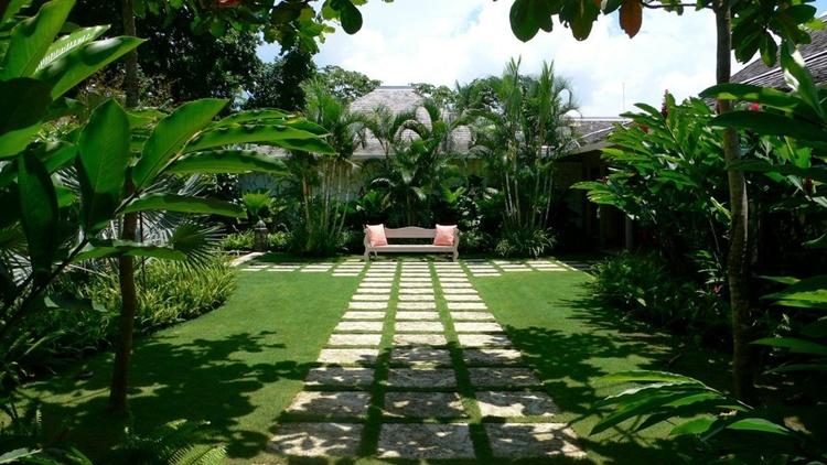 Progettazione giardini in stile minimal tantissimi for Giardini moderni foto