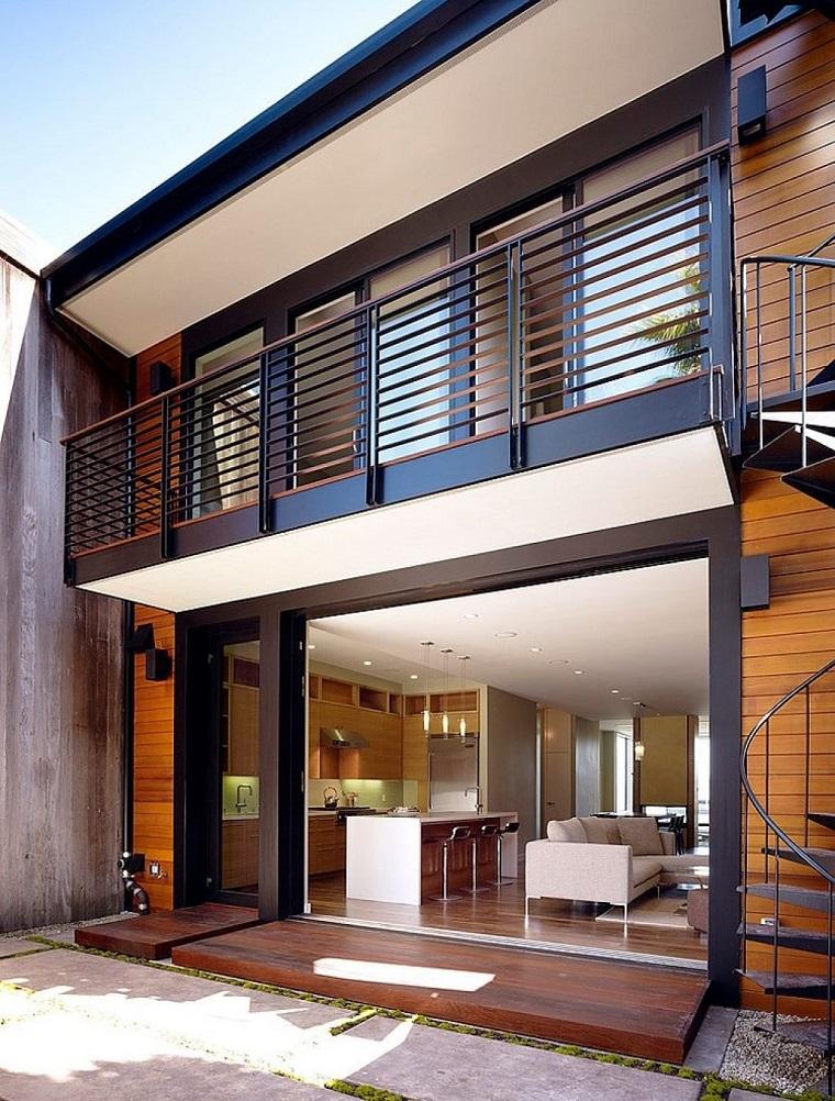 Ringhiere per balconi: materiale e design per un outdoor perfetto ...