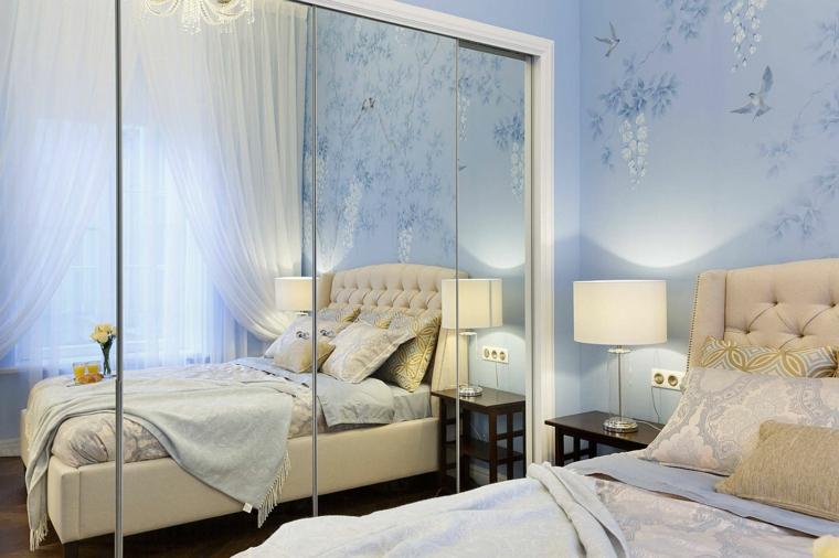 stanza da letto piccol armadio porte vetro como lampada testata cuscini