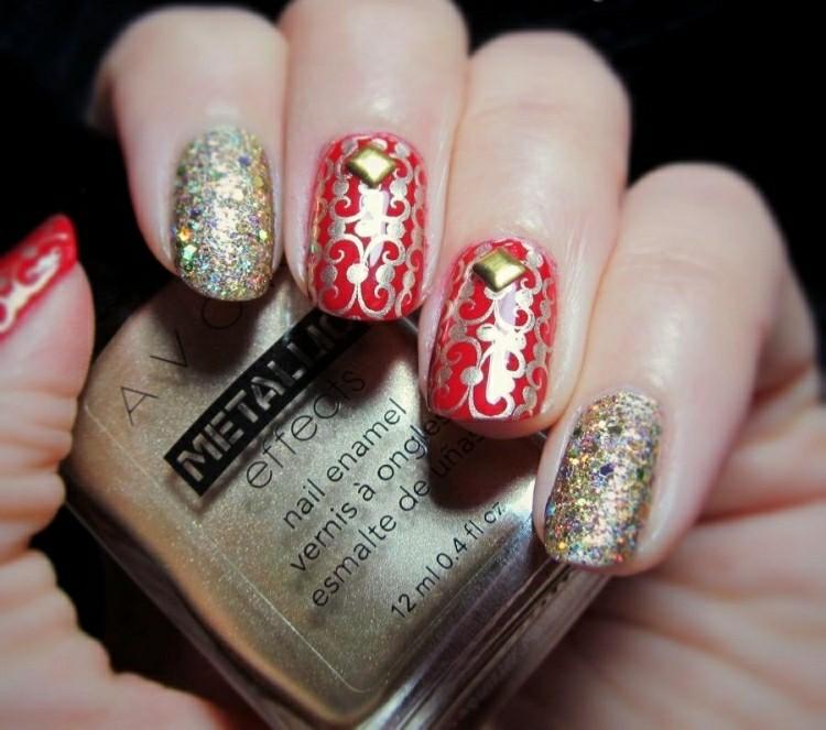 unghie dipinte tema natalizio decorazioni affascinanti