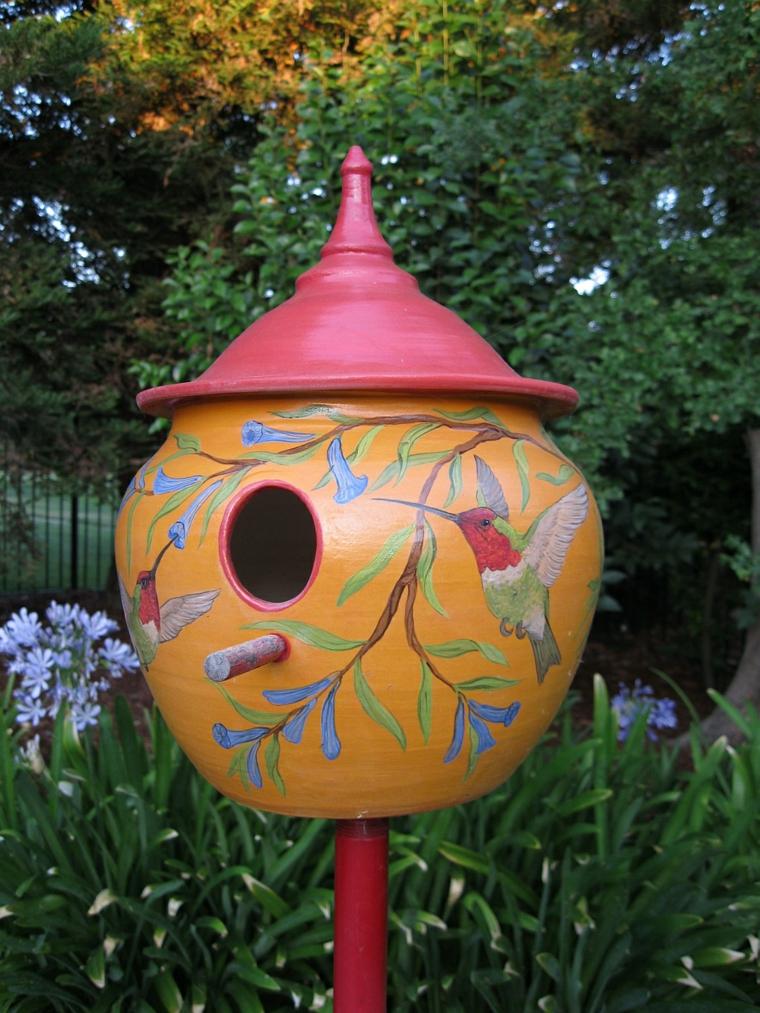 vivace colorata mangiatoia uccelli decorata