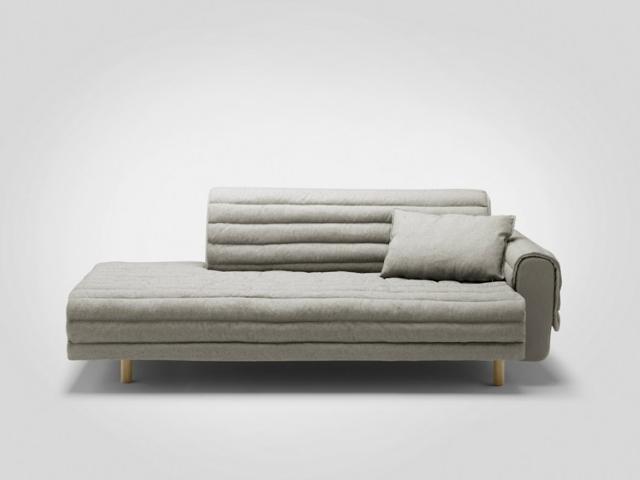 arredamento salotto divano grigio imbottito