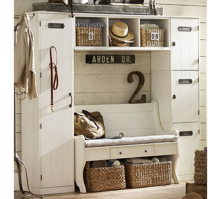 arredare corridoio mobile bianco stile vintage