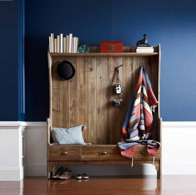 arredare corridoio mobili antichi legno