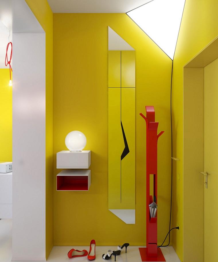arredare corridoio mobili stile moderno colore giallo