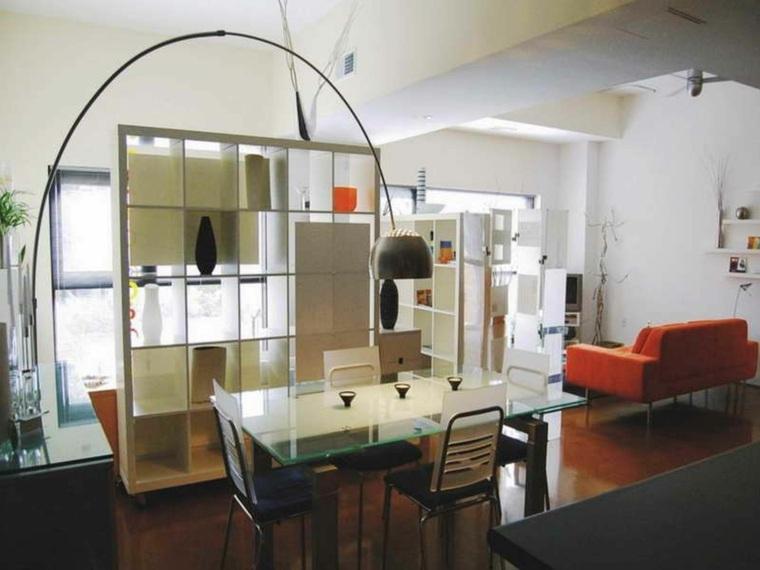 arredare monolocale pareti divisorie tavolo piano vetro