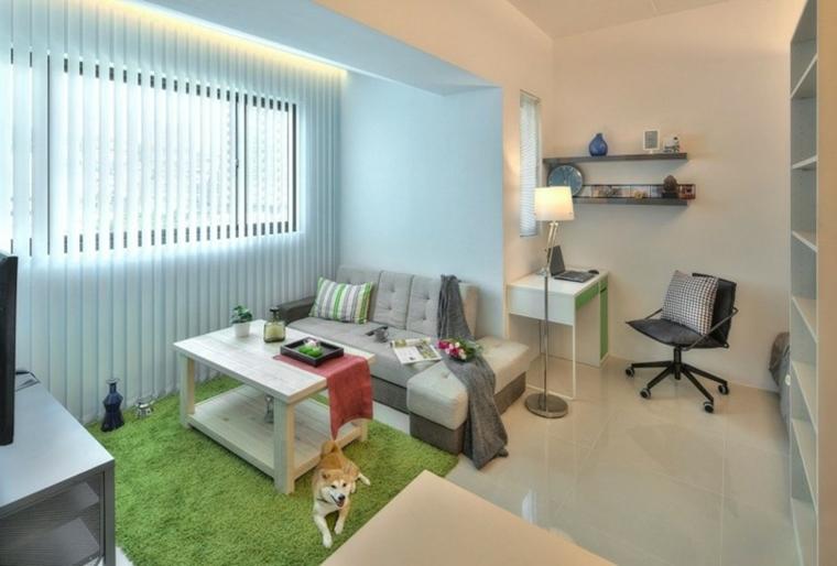 arredare monolocale tappeto verde pavimento gres porcellanato