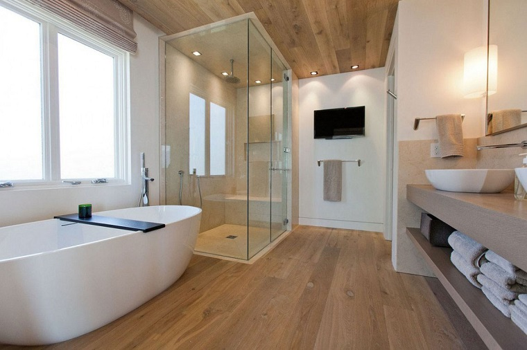 arredo bagno moderno pavimento soffitto parquet