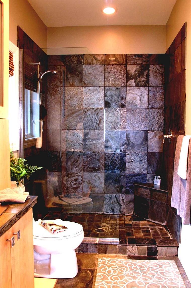 Bagni in muratura 24 idee imperdibili per arredare con un for Arredo bagno piccole dimensioni