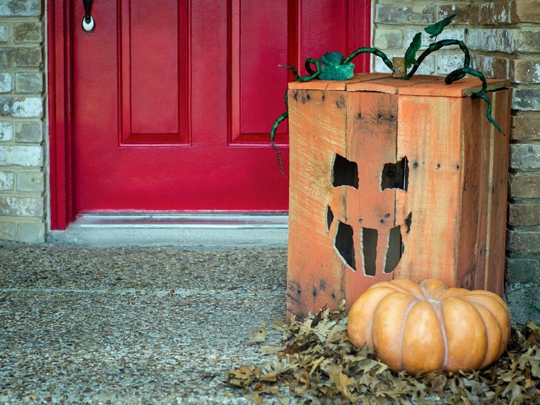 arredo giardino pallet decorazione halloween