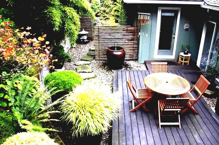 Piccoli giardini come decorare un 39 area esterna di for Decorare un piccolo giardino