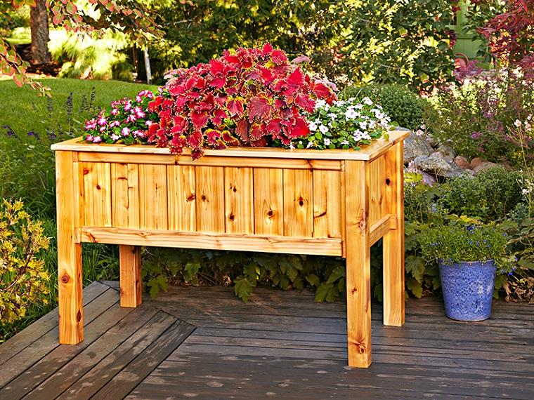 arredo giardino tavolino pallet porta fiori