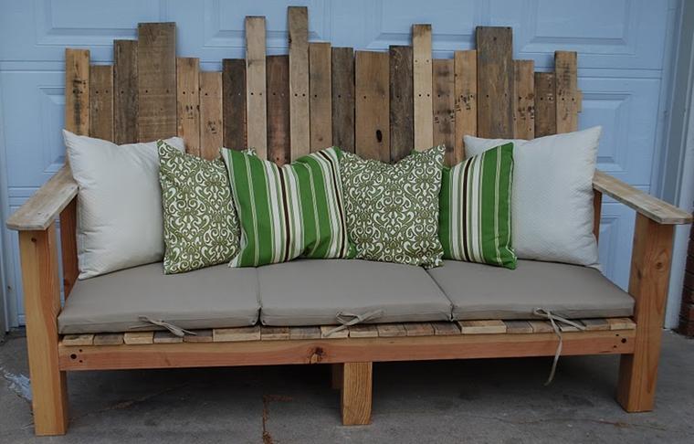 bancali riciclo utilizzati creare divano pallet design speciale