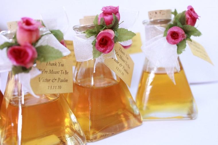 bomboniere matrimonio bottigliette miele rose estremita