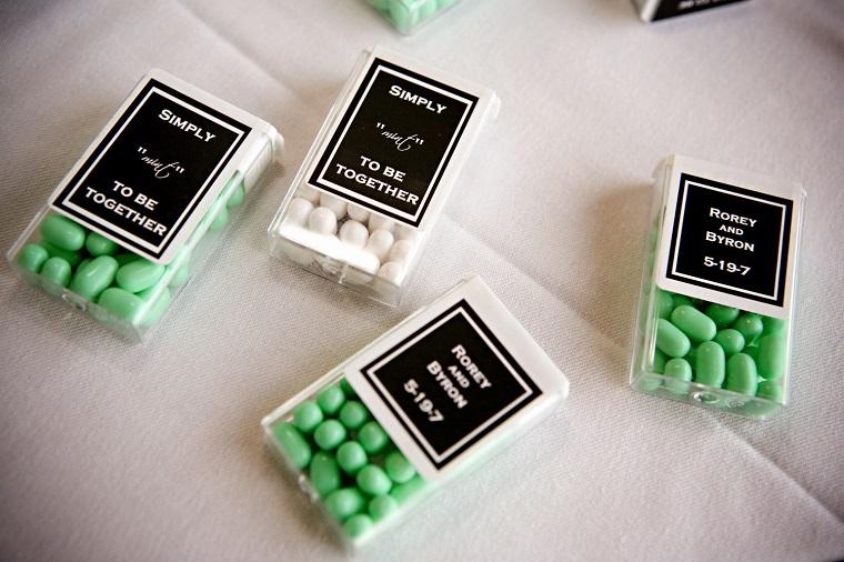 bomboniere matrimonio scatolette trasparenti caramelle