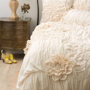 1001 idee come arredare la camera da letto con stile for Camere da letto shabby chic