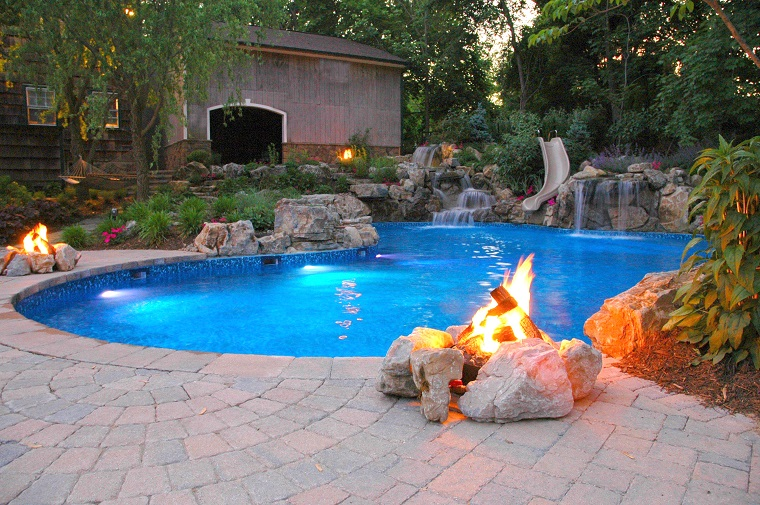 camini idea design moderno bordo piscina