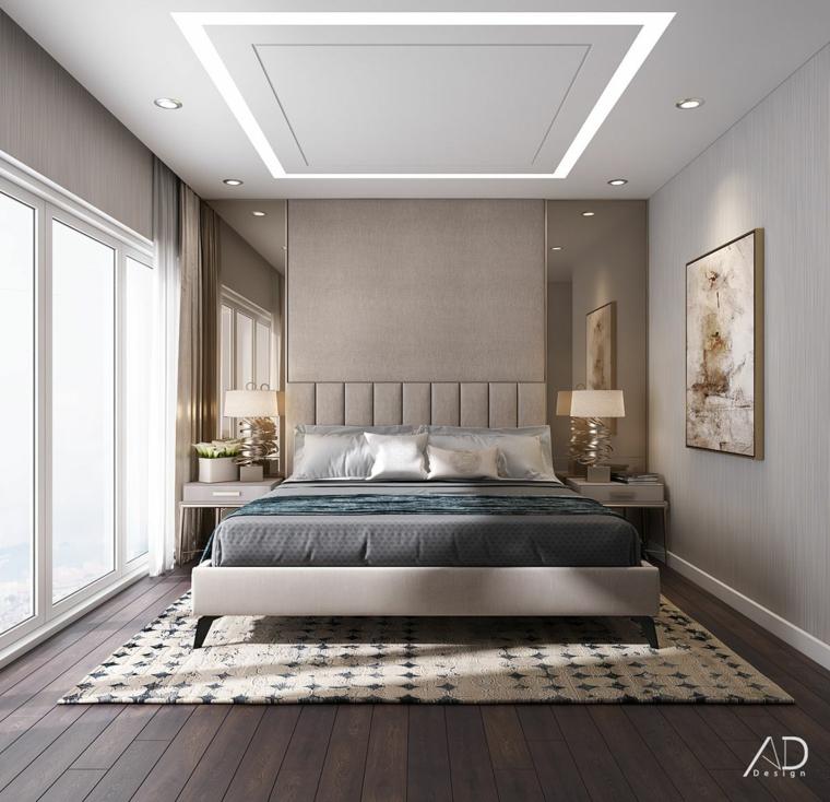 Pareti colorate camera da letto, pavimento in legno, pareti con dipinti, soffitto con faretti