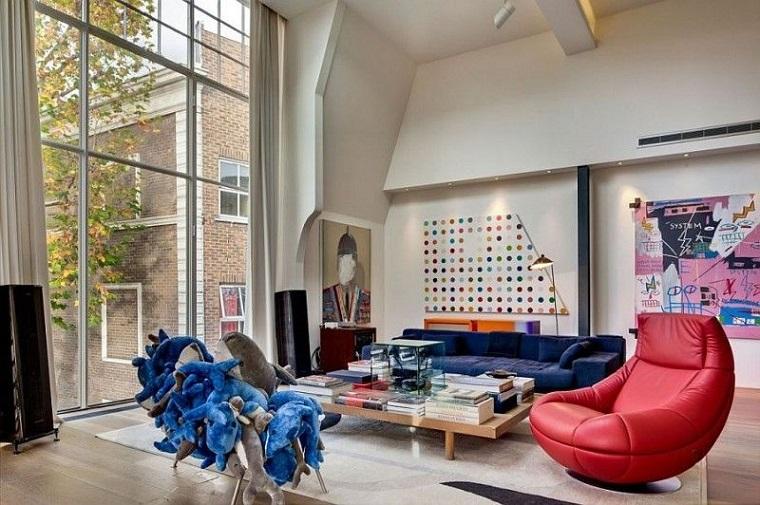 Come arredare un soggiorno con mobili e decorazioni colorate ...