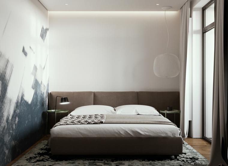 Pareti colorate camera da letto, parete con macchie di vernice, testata letto imbottita