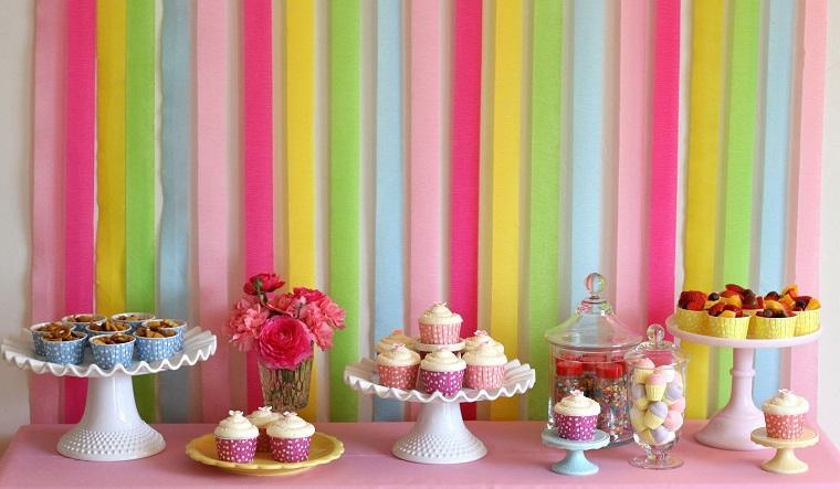 decorazioni compleanno tavola dessert sfondo arcobaleno