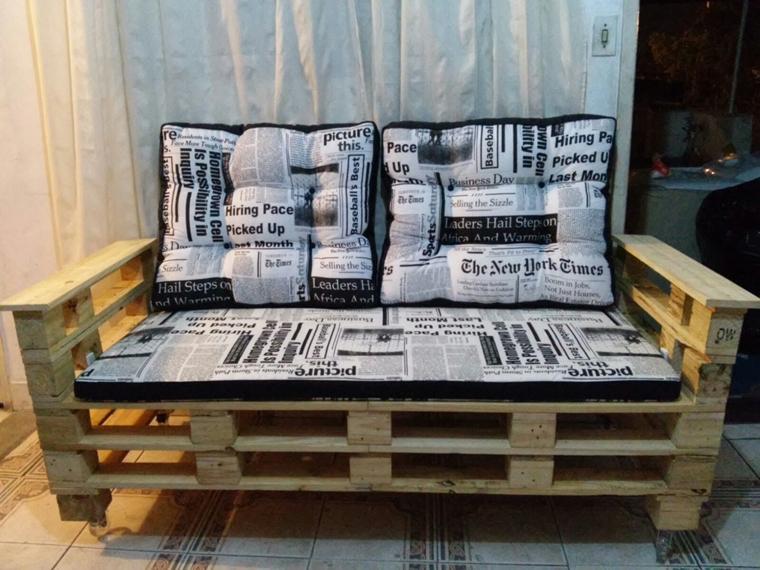 divano pallet piccolo cuscini schienale seduta design speciale