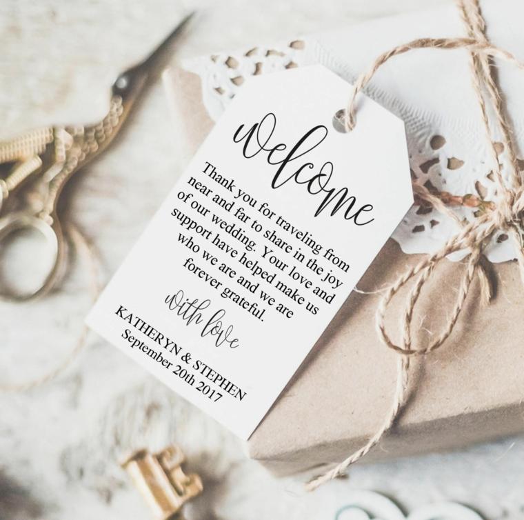 etichetta legata con spago sacchettino di carta per bomboniere matrimonio