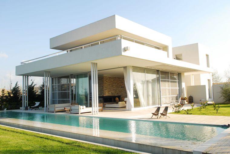 fascino irresistibile piscina rettangolare moderna