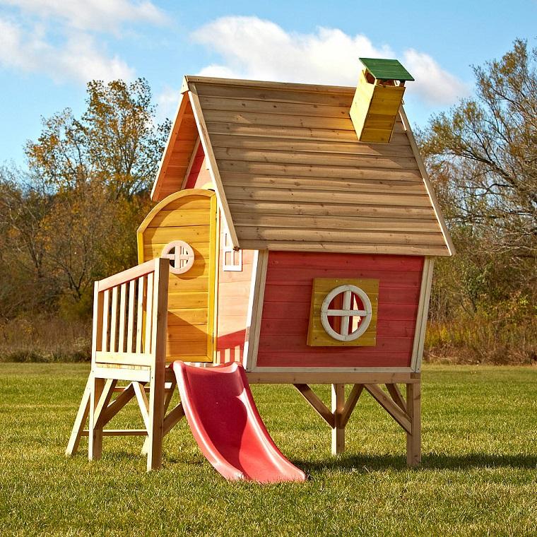 20563fa669 Giochi da giardino: ecco come progettare casette, scivoli e altalene ...
