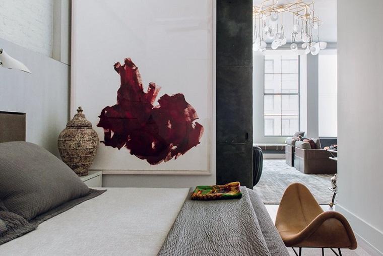 idea arredamento parete grigia mobili moderni