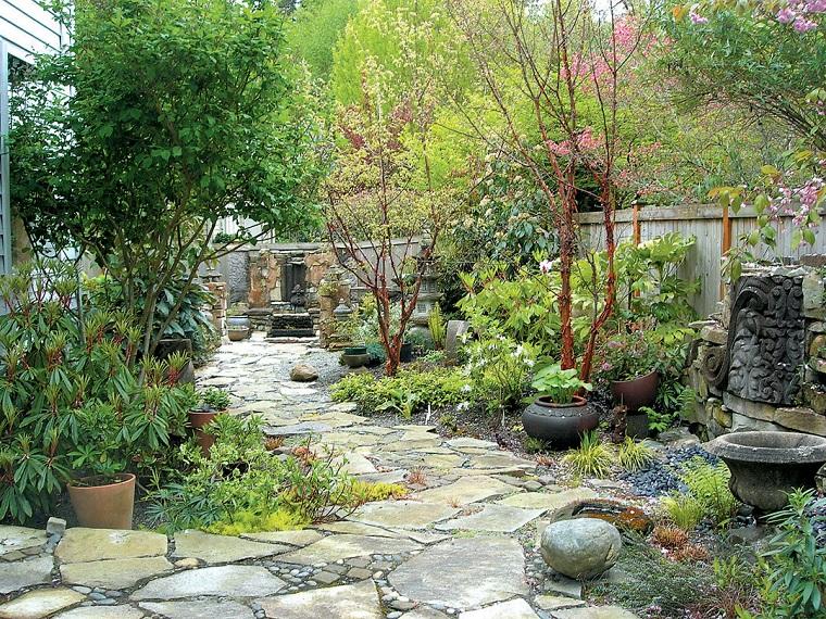 Vialetto giardino proposte interessanti con un look moderno - Pietre camminamento giardino ...
