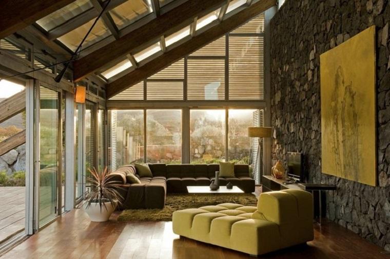idea originale decorare pareti soggiorno
