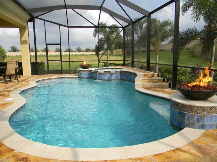 idea originale piscina interna forma particolare