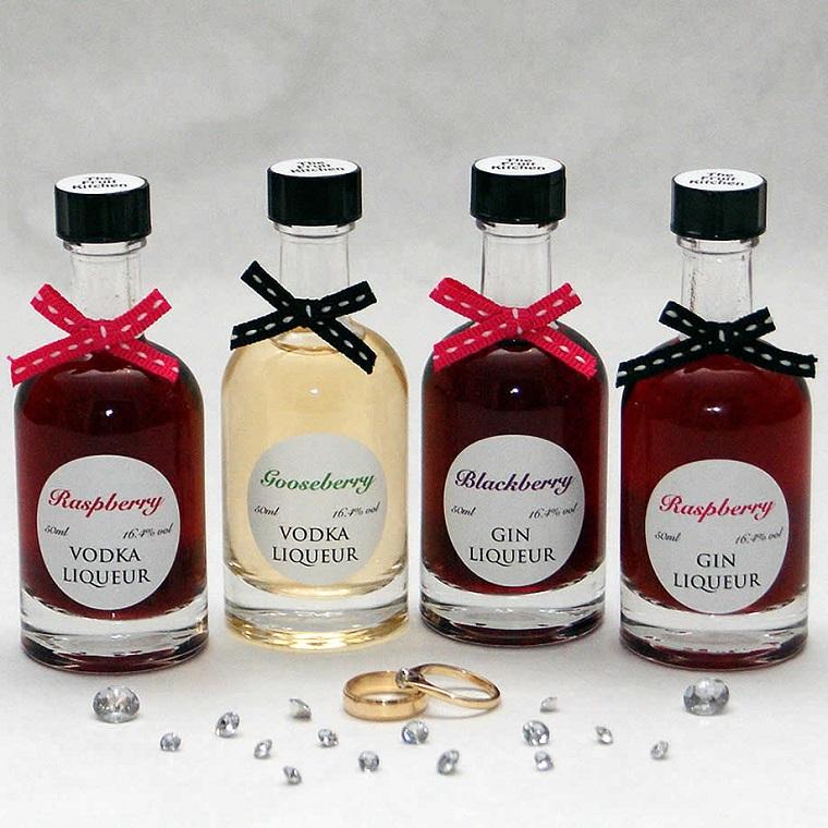 idee bomboniere matrimonio bottigliette liquori