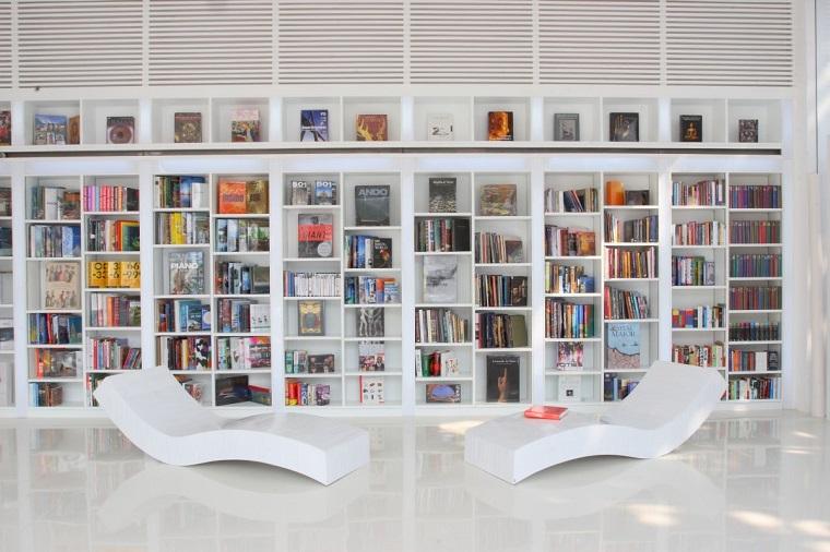 libreria in cartongesso stile contemporaneo
