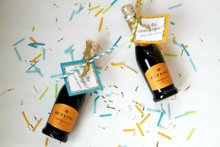 mini bottiglie di champagne con bigliettino bomboniere matrimonio 2021