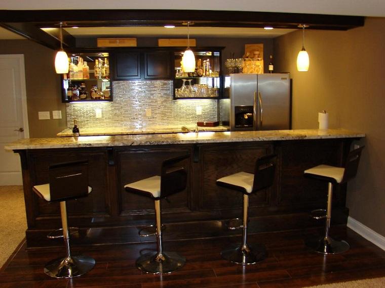 Mobile bar proposte dal rustico al moderno per creare un area
