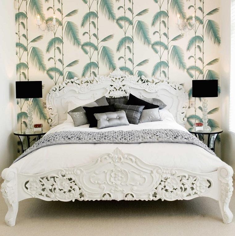 mobili camera da letto bianchi parete decorata