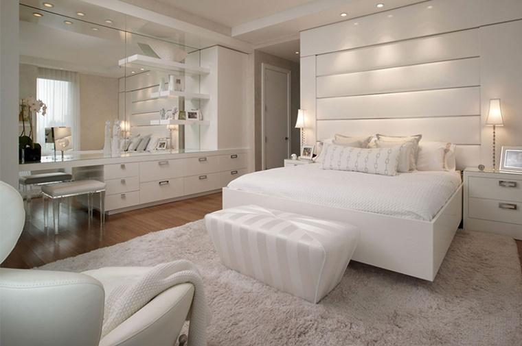 mobili camera letto colore bianco