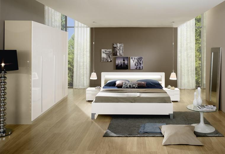 mobili colore bianco laccati camera letto