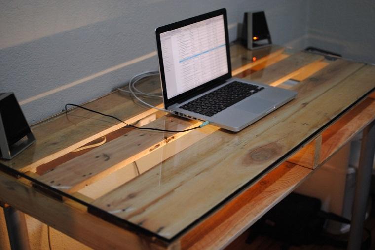 mobili con pallet idea originale scrivania