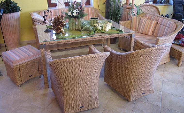 mobili per esterno rattan marrone chiaro