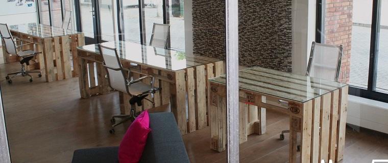 mobili ufficio scrivanie pallet sedie plexiglass