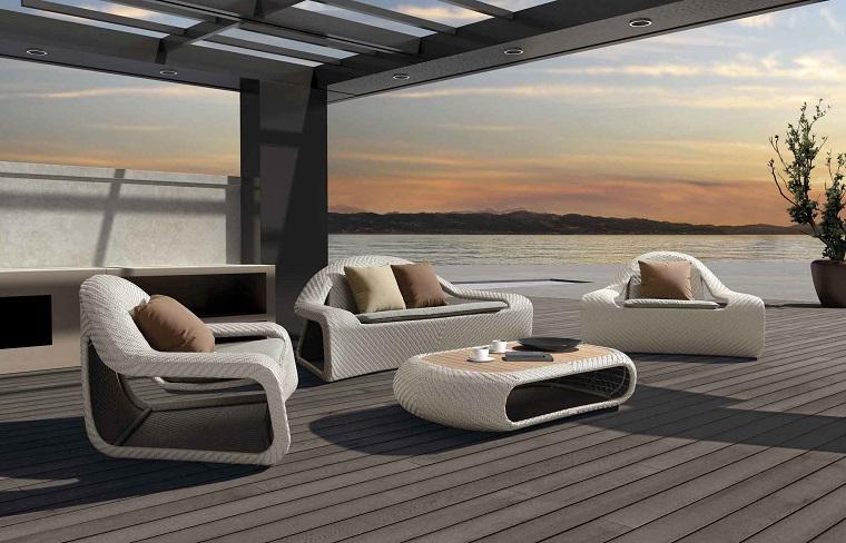 outdoor grande terrazzo mare set design