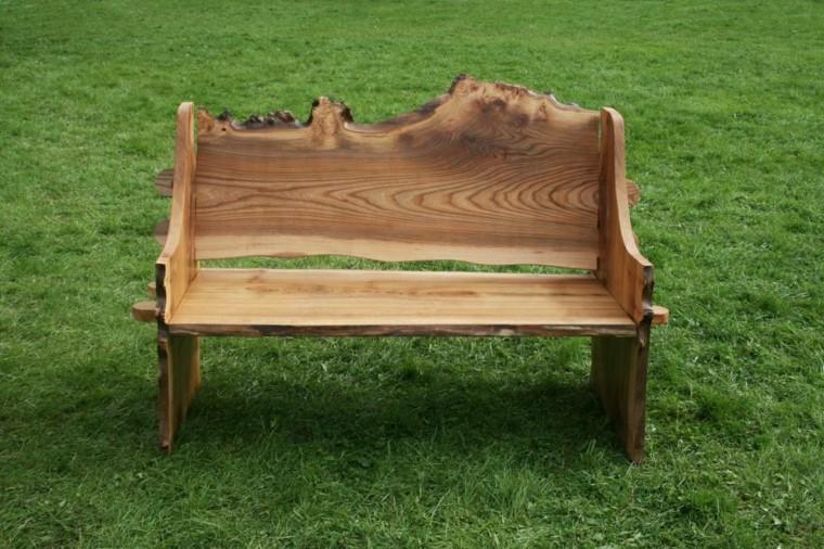 Panchine da giardino personalizzare al meglio gli spazi for Panche in legno da giardino