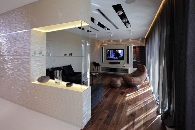 Parete divisoria per un soggiorno alla moda e di design for Decorazioni per pareti soggiorno