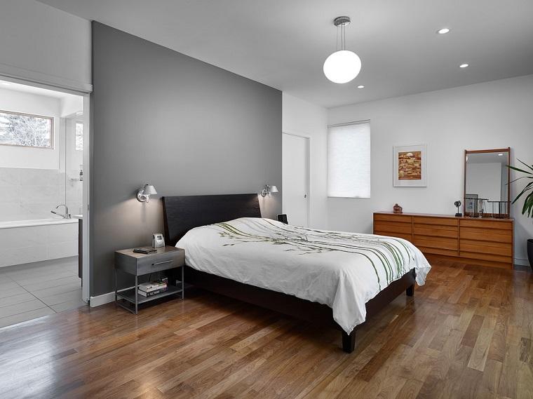 parete principale grigio mobili diverso colore