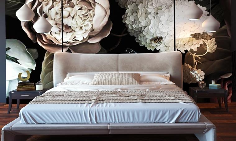 Colori camera da letto, parete con disegni di fiori, letto con testata di velluto