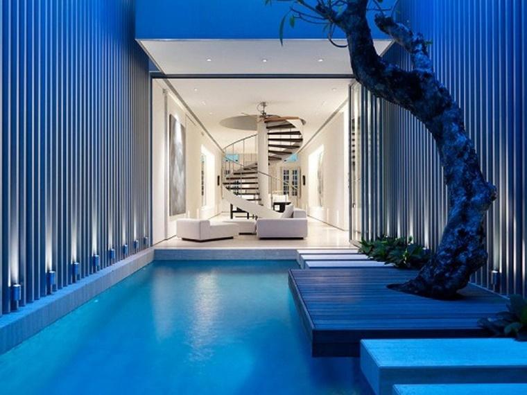 piscina interna dimensioni piccole design moderno
