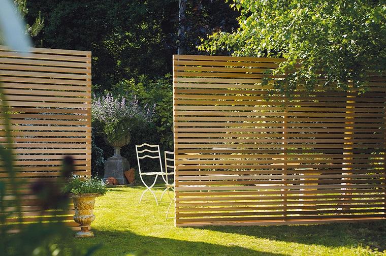 Tipi di recinzione da giardino cheap recinzione giardino legno